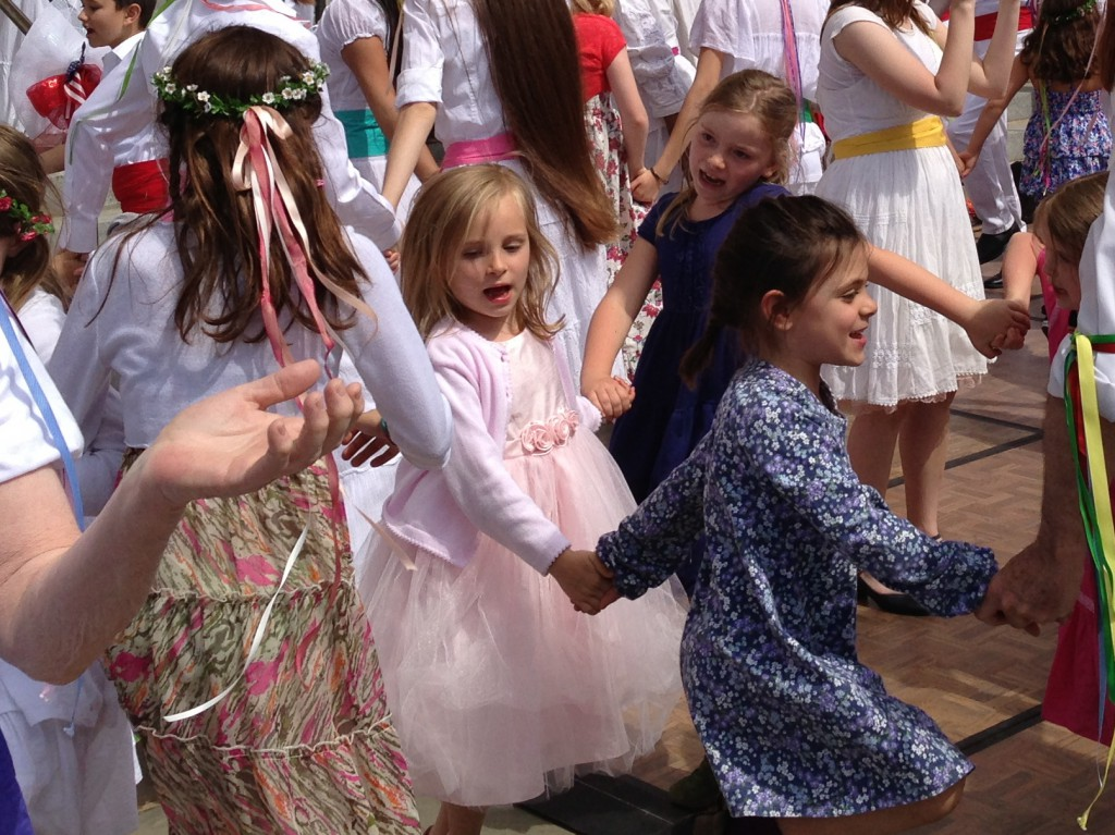 May Revels children dancing