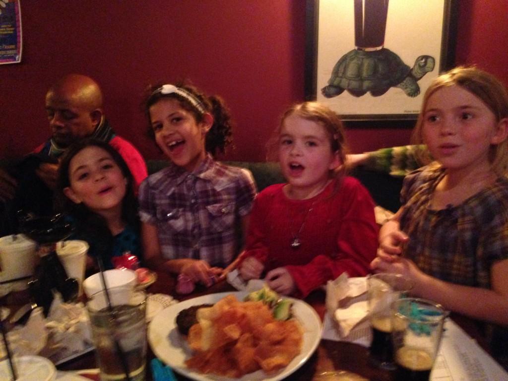 Pub Sing children